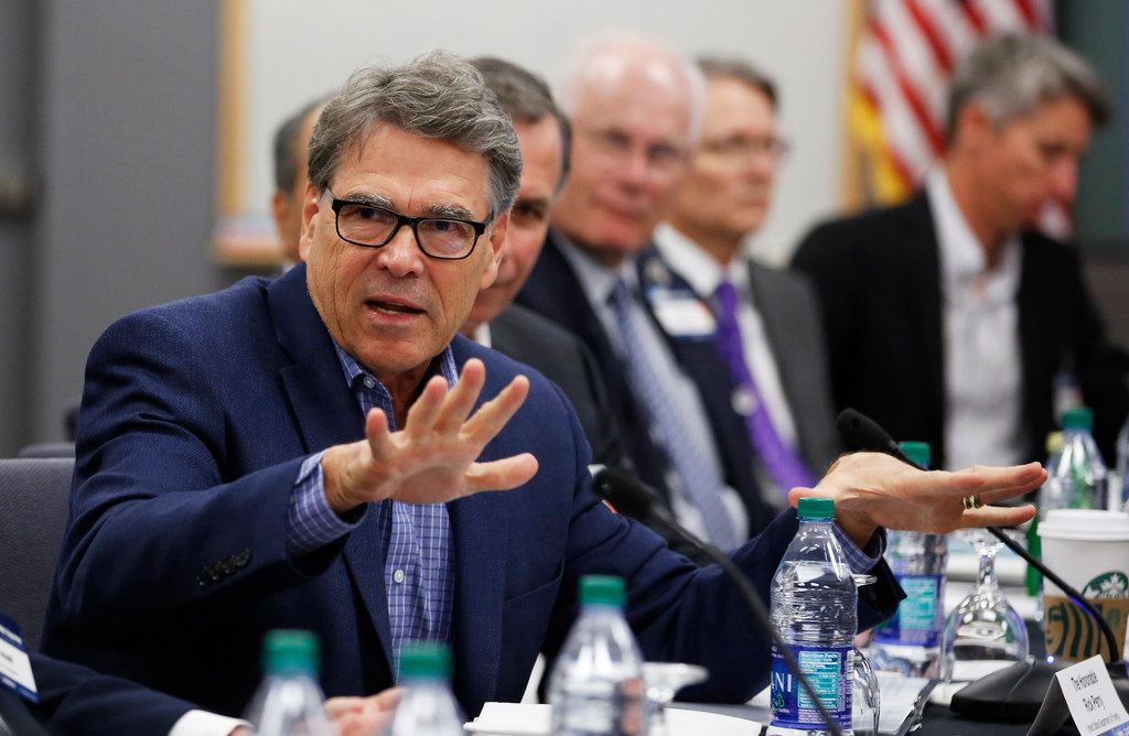 Rick Perry's Energy Department on Wednesday rolled back a set of light bulb efficiency standards. The former Texas governor's agency downplayed the decision's impact on the market. (AP Photo/Rich Pedroncelli)