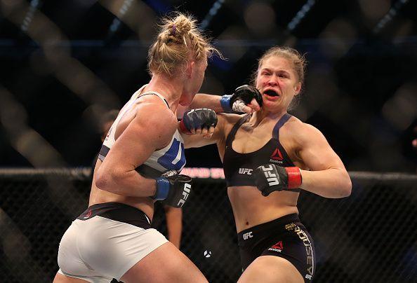 Holm venció a Rousey en 2015 en Australia. Foto GETTY IMAGES