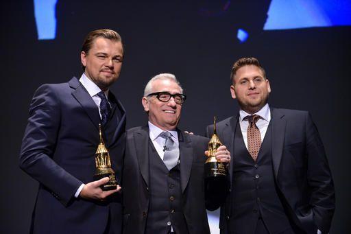 Leonardo DiCaprio, Martin Scorsese, y Jonah Hill en el Santa Barbara International Film Festival de 2014. (Foto Shotwell/Invision/AP)