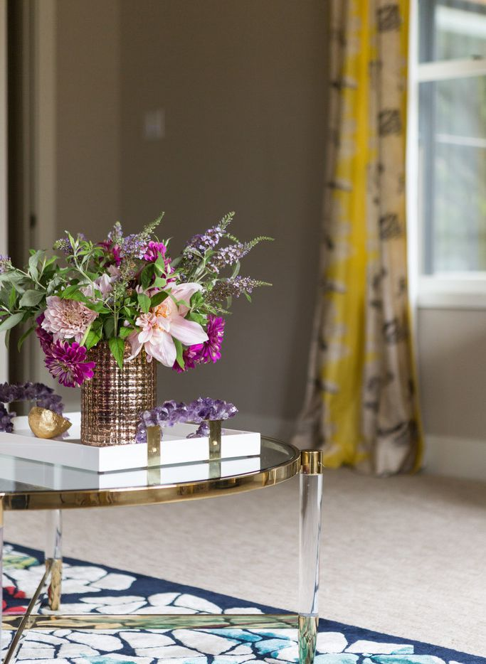 For designer Abbe Fenimore of Studio Ten 25, there's nothing more luxurious than fresh flowers.