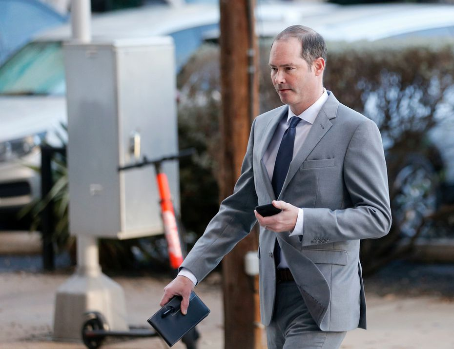 Dr. Nick Nicholson walks into the Earle Cabell Federal Building in downtown Dallas on Monday, March 25, 2019. NIcholson is one of several surgeons on trial. The defense in the Forest Park Medical Center bribery and kickback trial is making its case this week.
