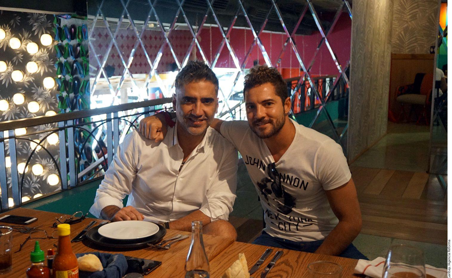Alejandro Fernández y David Bisbal Ahora disfrutaron de una reunión entre amigos, carcajadas y consejos.