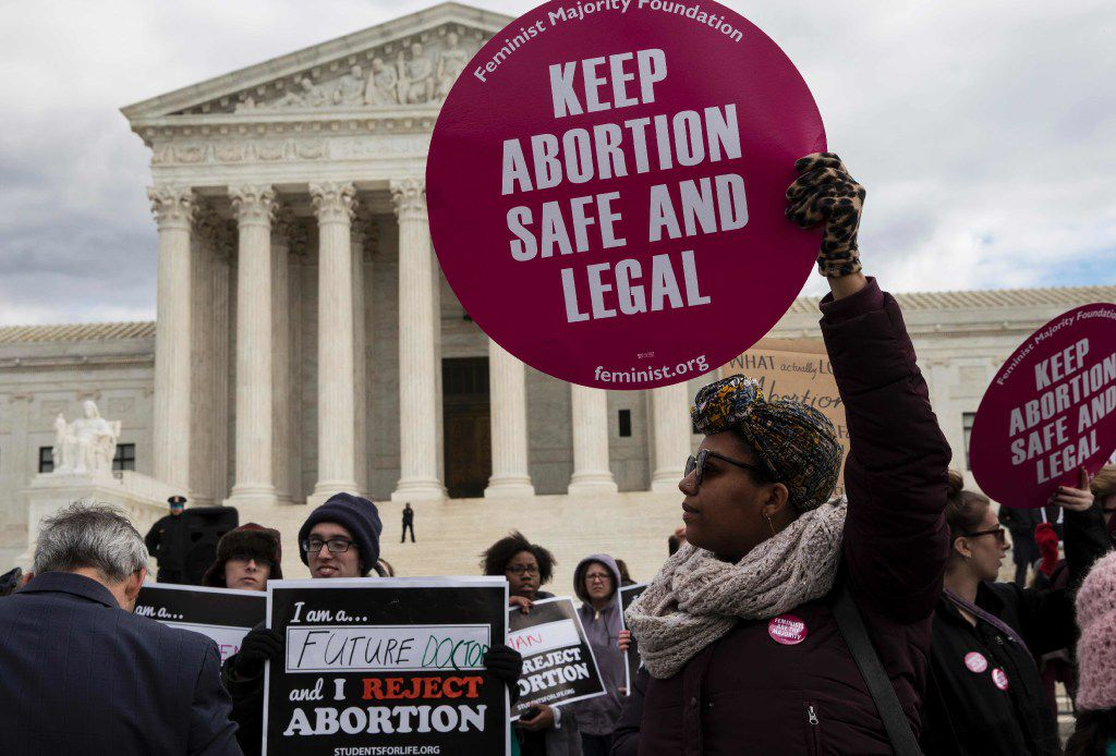 Abortion rights supporters and pro-life supporters protested outside the U.S. Supreme Court during the 44th annual March for Life on Jan. 27, 2017.
