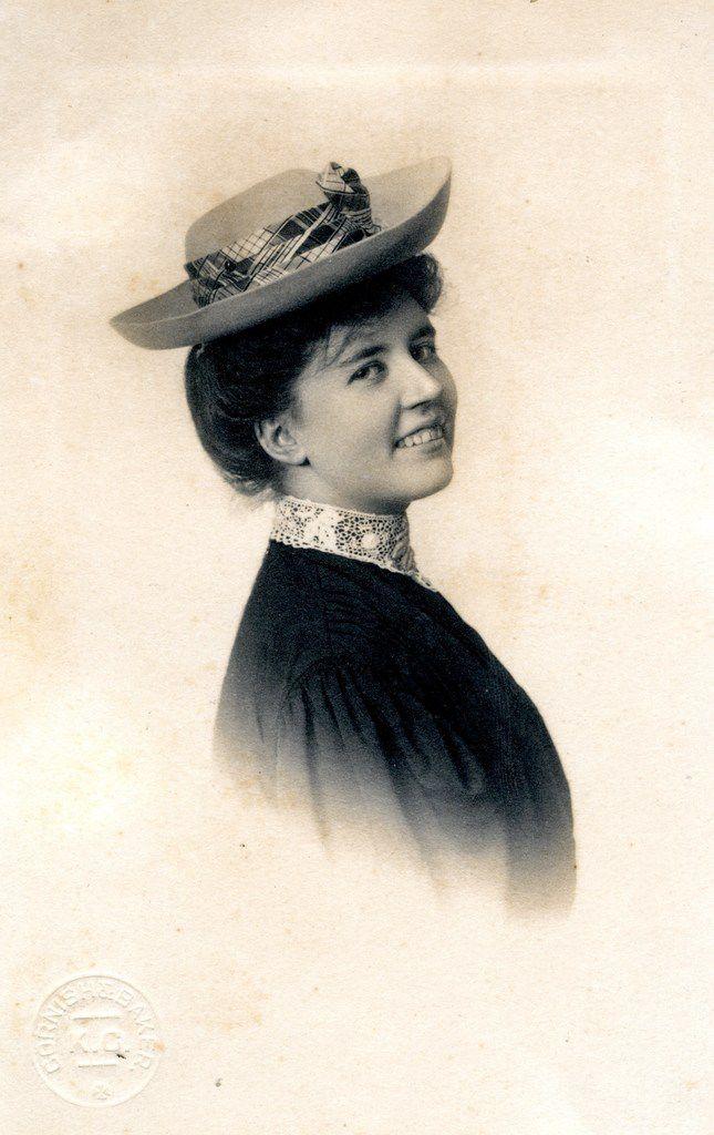 Rose Wilder Lane at 19.