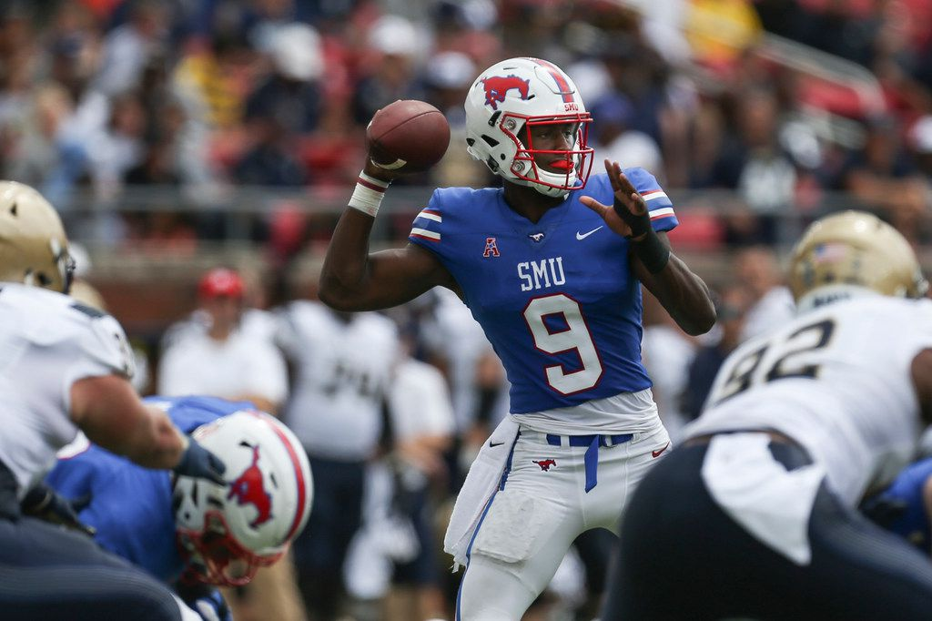 Southern Methodist quarterback William Brown (9) fires off a pass during a matchup between the Southern Methodist University Mustangs and the Navy Midshipmen on Sept. 22, 2018 at Gerald J. Ford Stadium in Dallas. (Ryan Michalesko/The Dallas Morning News)