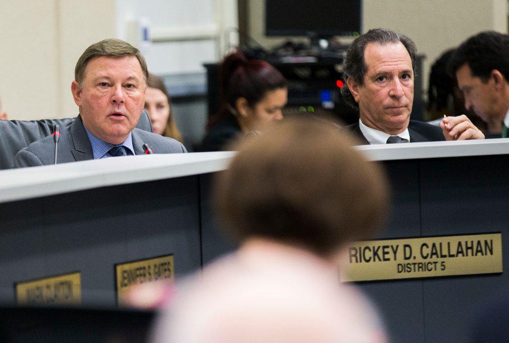 Rickey Callahan and Lee Kleinman at a recent meeting of the Dallas City Council.