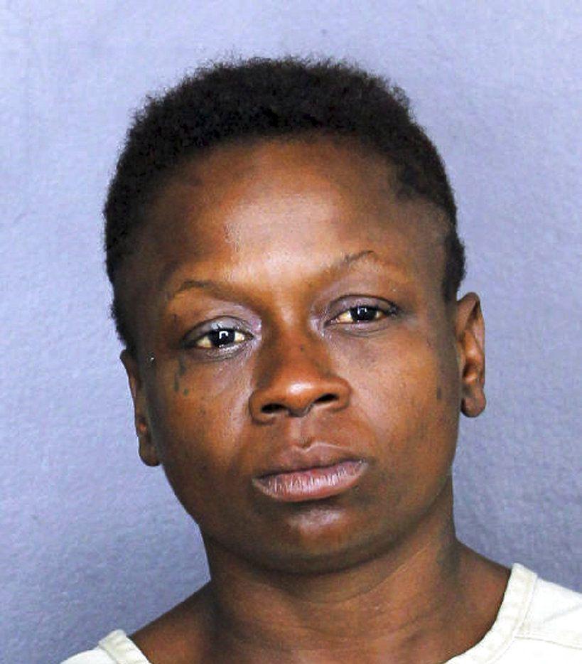 Fotografía de fichaje de la policía del condado de Broward, Florida, de Shenetta Yvette Wilson el 25 de noviembre de 2018 luego de ser arrestada. (Policía del condado de Broward vía AP)