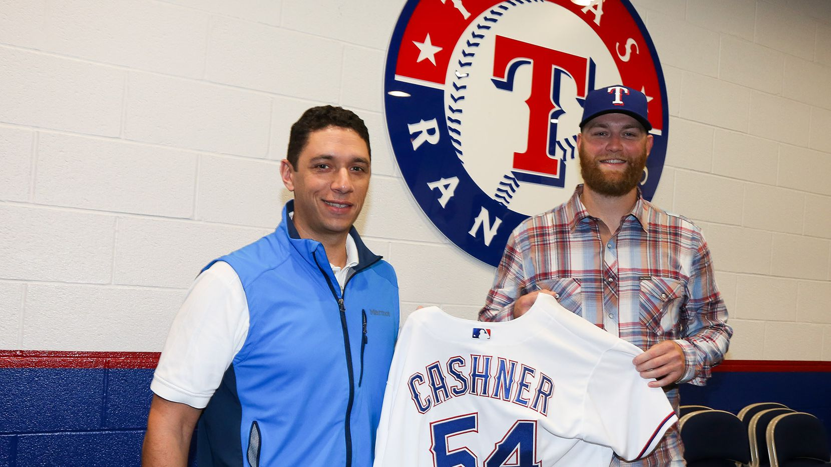 Arlington, TX - The Texas Rangers announce signing of RHP Andrew Cashner at Globe Life Park in Arlington on November 21, 2016.  (Photo by Kelly Gavin/Texas Rangers)
