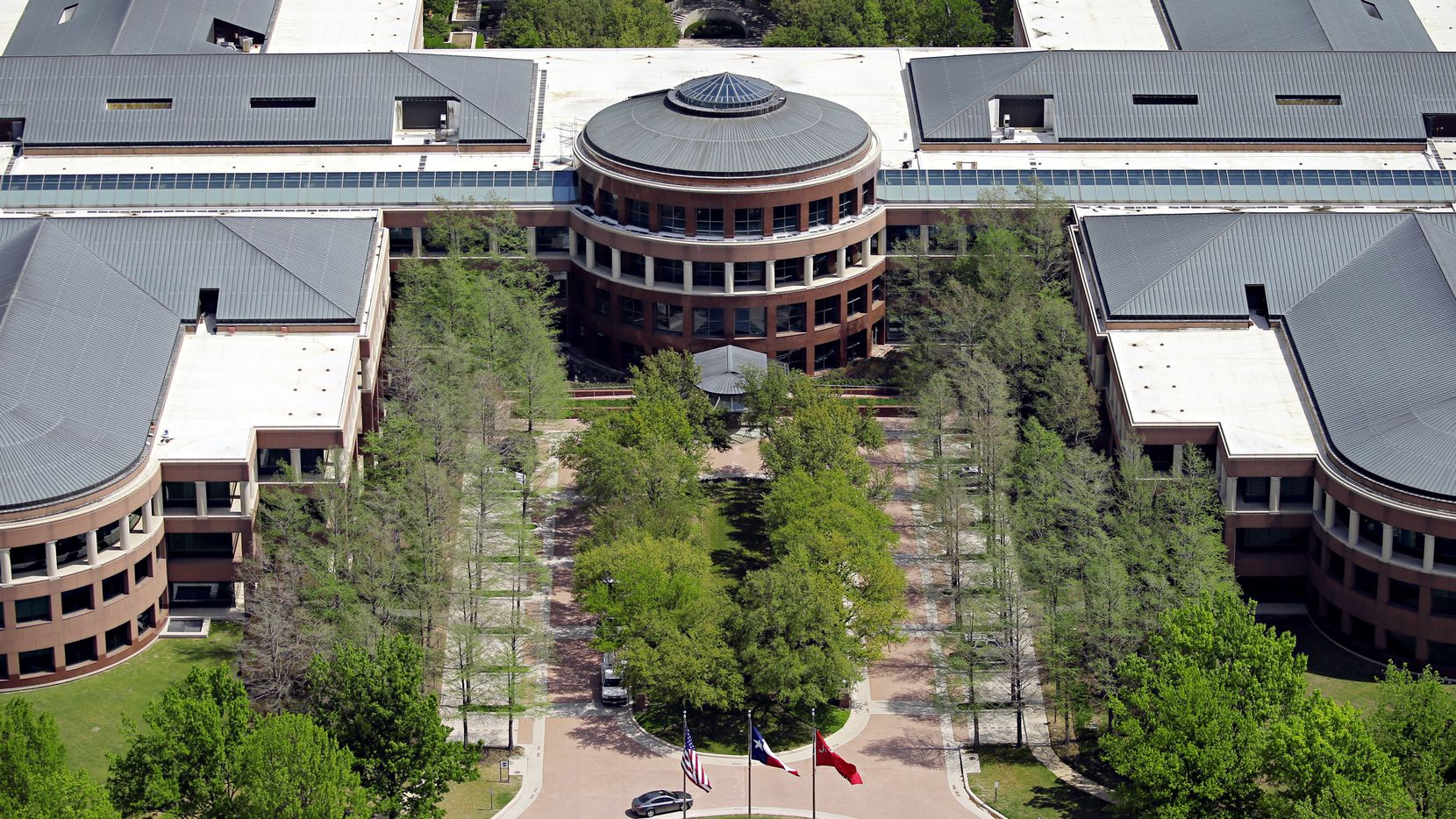 J.C. Penney's corporate headquarters is in West Plano. NTT Data is looking at leasing part of the property. (File Photo/Staff)