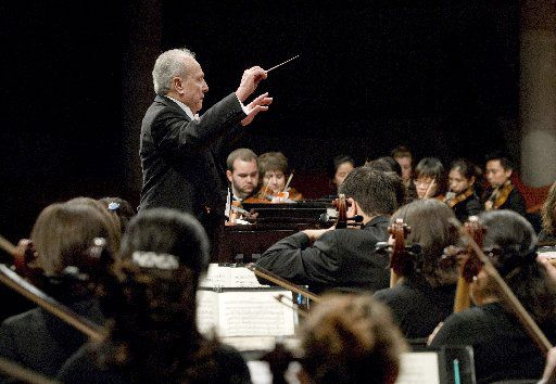 Anshel Brusilow conducts his final concert with the UNT Symphony Orchestra on April 23, 2008, in Winspear Hall of UNT's Murchison Performing Arts Center.