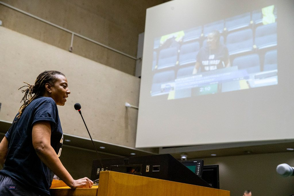 Dr. Michelle Morgan addresses the city council at Dallas City Hall on Wednesday, October 24, 2018. Members of the public gave their comment regarding a resolution requesting the Board of Adjustment to authorize compliance proceedings for Jim's Car Wash. (Shaban Athuman/The Dallas Morning News)