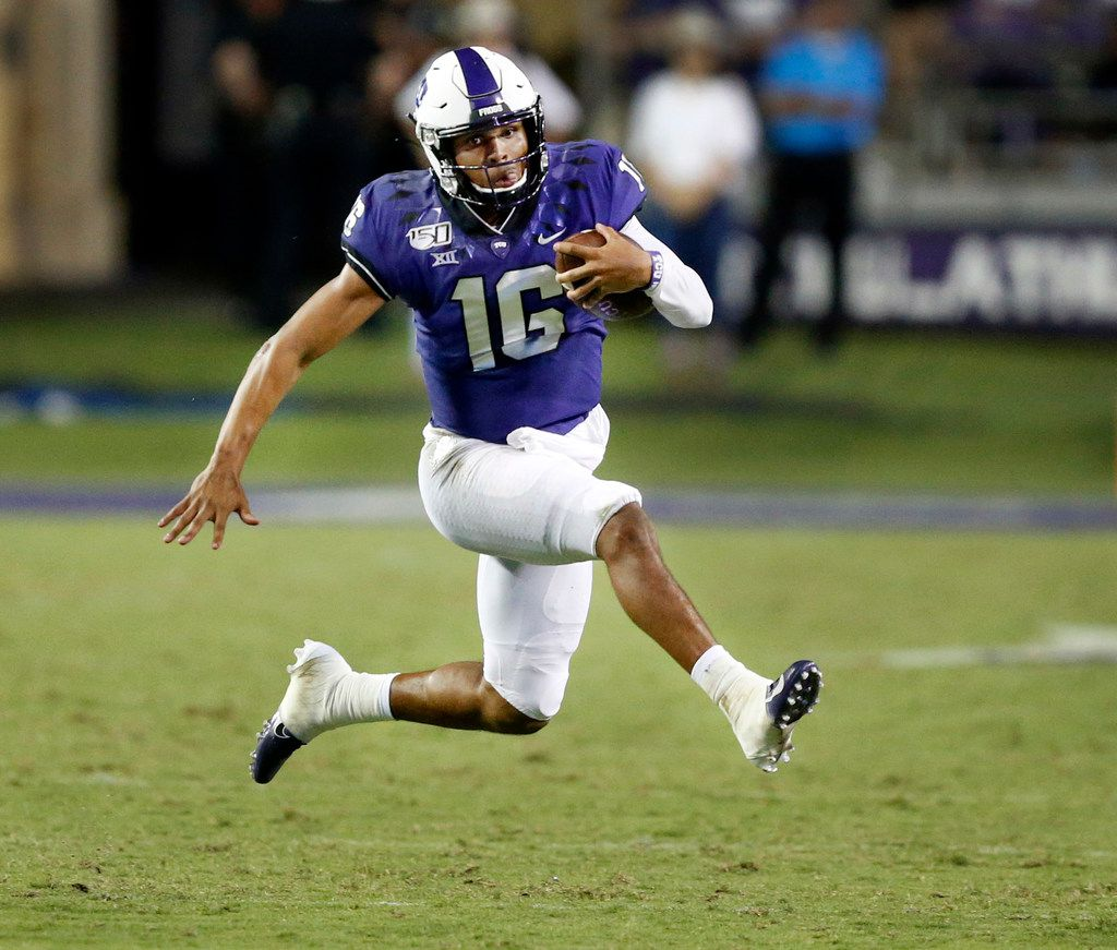 TCU Horned Frogs quarterback Alex Delton (16) high steps across the field as he keeps the ball on a third quarter run against the Arkansas-Pine Bluff Golden Lions at Amon G. Carter Stadium in Fort Worth Texas, Saturday, August 31, 2019. TCU defeated Arkansas-Pine Bluff, 39-7. (Tom Fox/The Dallas Morning News)