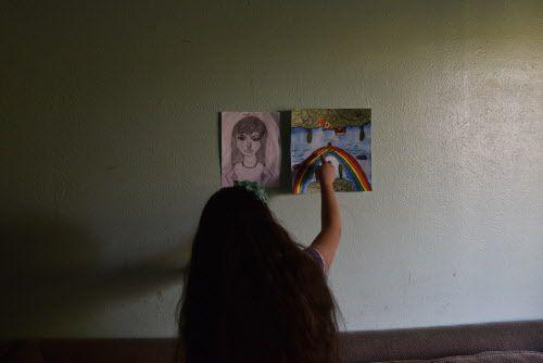 """Arely Munguía se pone """"triste"""" cuando piensa en la posibilidad de que la separen, así sea temporalmente, de sus padres, quienes están planeando dejarlos bajo el cuidado de una tía si ambos son detenidos por estar ilegalmente en el país. (Foto: Ben Torres/Especial para Al Día)"""