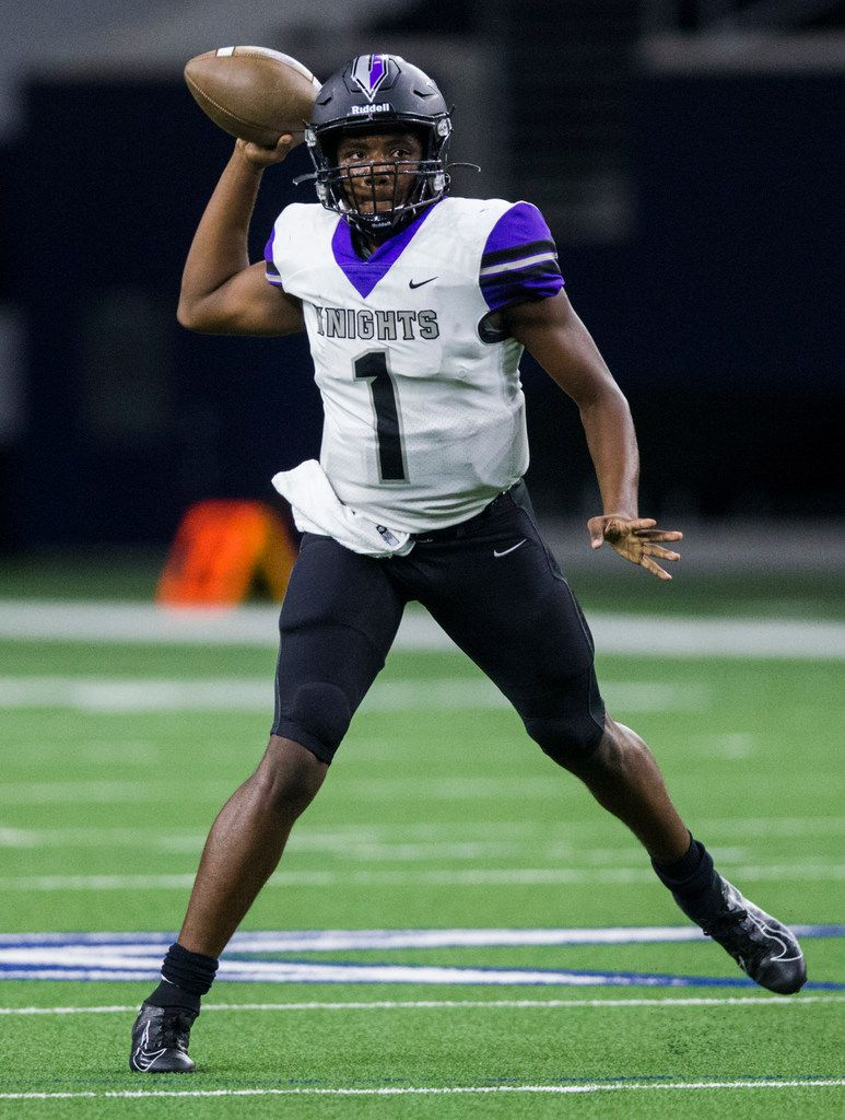 Frisco Independence quarterback Braylon Braxton (1) throws a pass during the second quarter of a District 5-5A Division I high school football game between Frisco Independence and Frisco Lone Star on Thursday, October 10, 2019 at the Ford Center at The Star in Frisco. (Ashley Landis/The Dallas Morning News)
