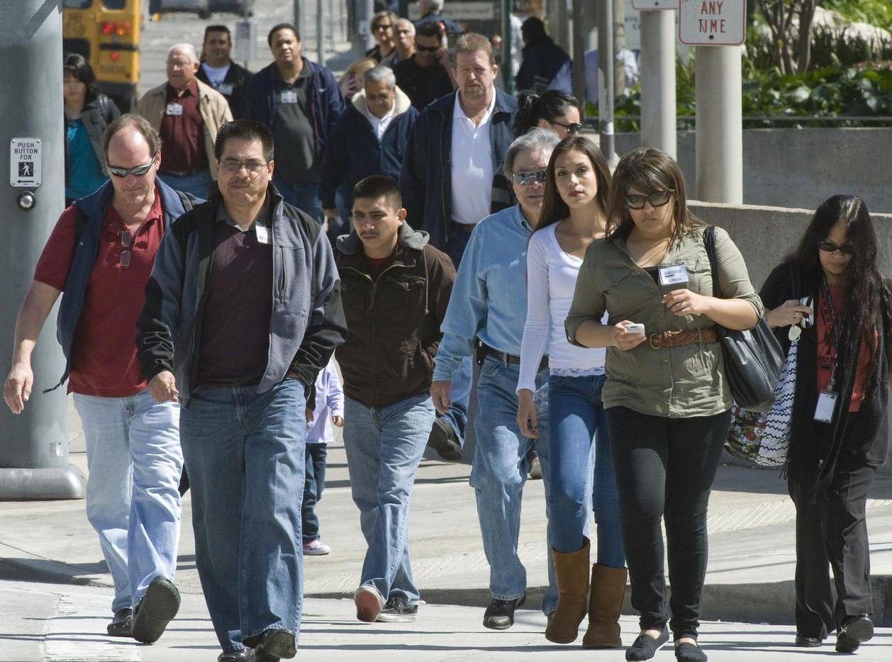 Un reporte reveló que  una deportación masiva afectaría a los estados de California, Texas y Nueva York.  (AP/ARCHIVO)