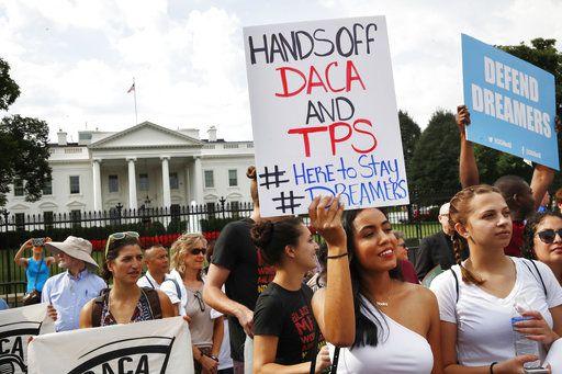 Una manifestación frente a la Casa Blanca en Washington contra la decisión de descontinuar el programa que protegía a inmigrantes que vinieron a Estados Unidos sin autorización traídos por sus padres cuando eran niños, el 5 de septiembre del 2017/ AGENCIA REFORMA