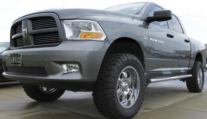 Fiat Chrysler retirará más de 1.7 millones de camionetas Dodge Ram. (AP/Seth Perlman)