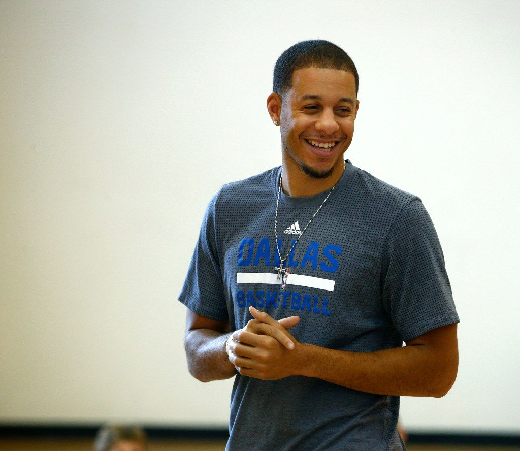 Mavericks guard Seth Curry during Mavs Basketball Academy Hoop Camp at Frisco Athletic Center in Frisco, Texas on June 22, 2017.  (Nathan Hunsinger/The Dallas Morning News)