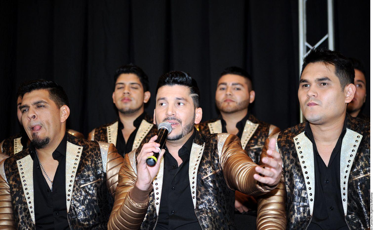 Los Recoditos, cuyo vocalista es Luis Ángel Franco (centro), quieren que sus fans vean hasta los secretos más sucios que tienen./ AGENCIA REFORMA