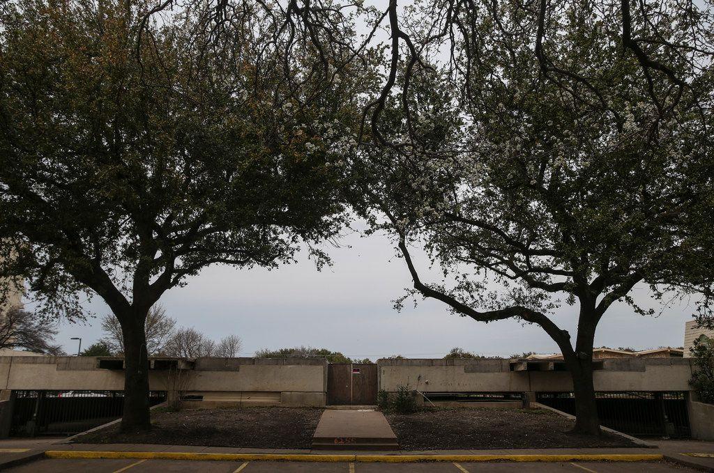 Dallas plan commission supports controversial North Dallas