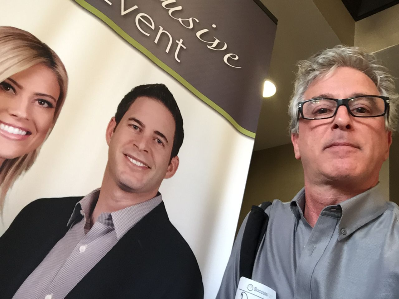 """The closest DallasNews.com Watchdog Dave Lieber got to HGTV's """"Flip or Flop"""" stars at their 2016 sales seminar is this banner at an area hotel."""