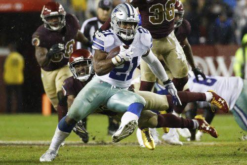 Ezekiel Elliott y los Dallas Cowboys vencieron a Washington Redskins el domingo en Maryland. Foto AP