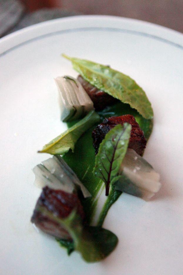 Gyutoro: wagyu, Asian pear, fish sauce and spinach