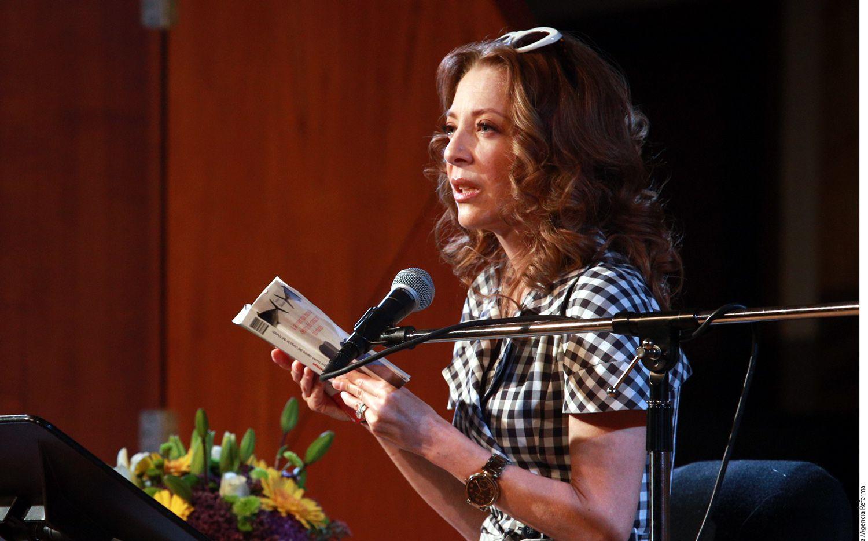 La actriz Edith González tuiteó una imagen donde luce cabellera corta y castaña./AGENCIA REFORMA