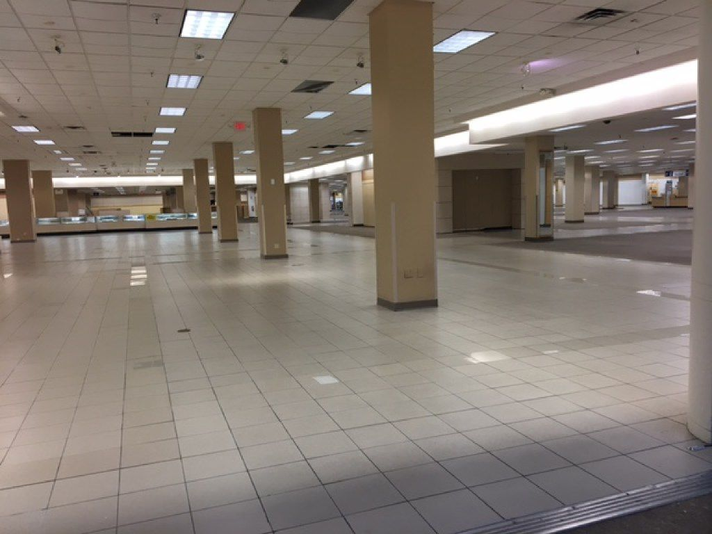 The mostly empty Sears store at Valley View a few days before its final closing on July 16.