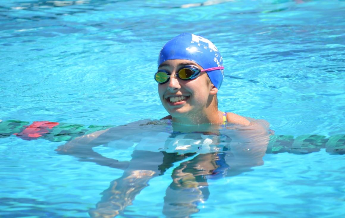 Elise Cerami falleció durante una práctica de natación en Southlake. Foto Twitter @Swim4Elise