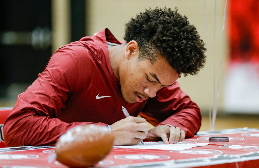 TXHSFB Mansfield Legacy senior defensive back Jeffery Carter participates in an early signing day ceremony at Mansfield Legacy High School, Wednesday, December 19, 2018. Carter intends to play for Alabama. (Brandon Wade/Special Contributor)