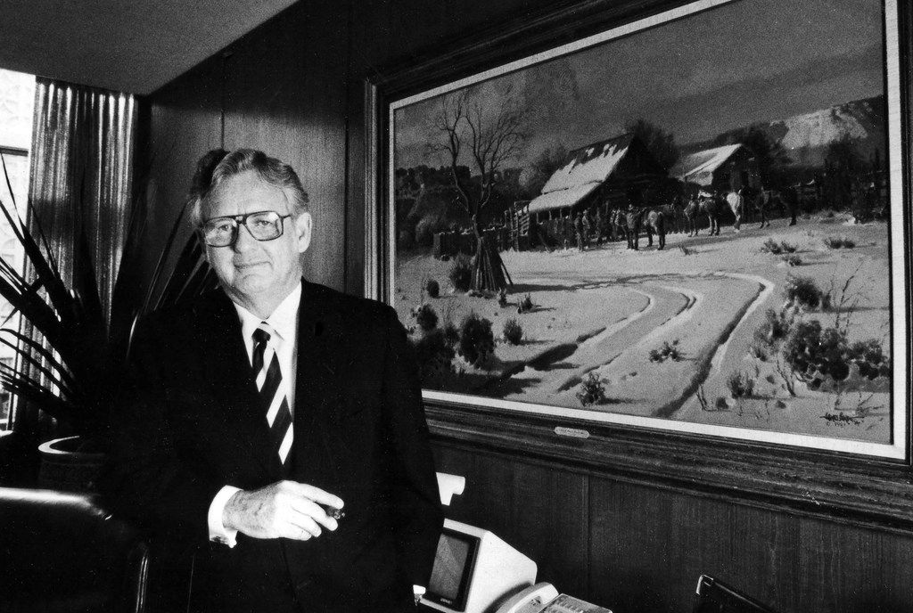 Gene Bishop, chairman of the Mercantile Bank of Dallas, in a photo dated Aug. 15, 1984. (Juan Garcia/The Dallas Morning News)