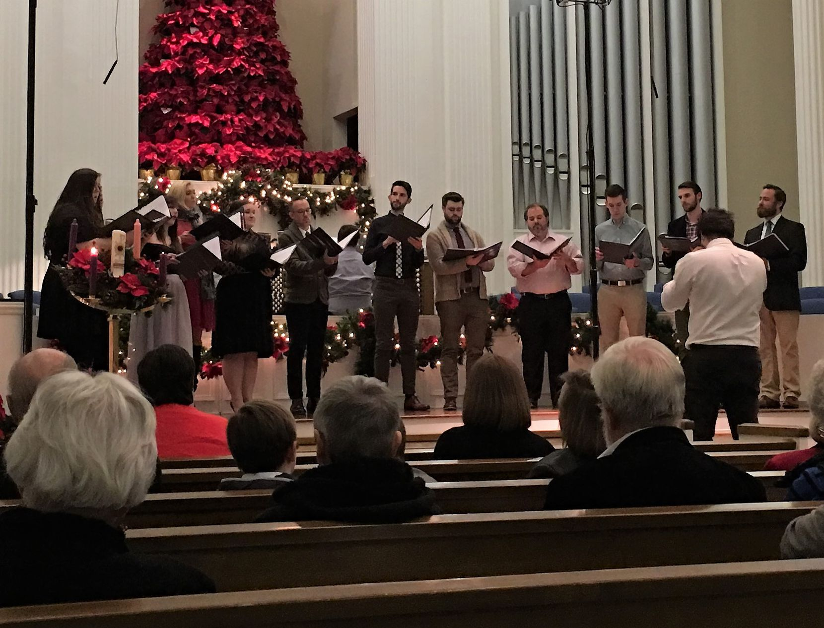 The Verdigris Ensemble, led by artistic director Sam Brukhman, performs a Christmas concert at Royal Lane Baptist Church on Dec. 10, 2017 (Scott Cantrell/Special Contributor)