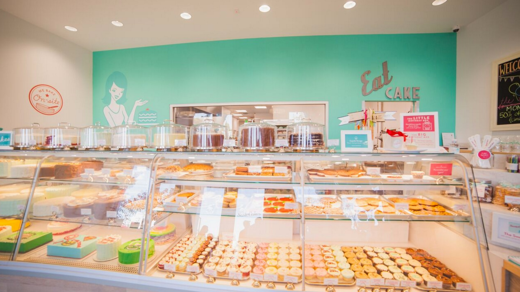 Here's a look at the SusieCakes in Woodland Hills, California. It's coming to Dallas.
