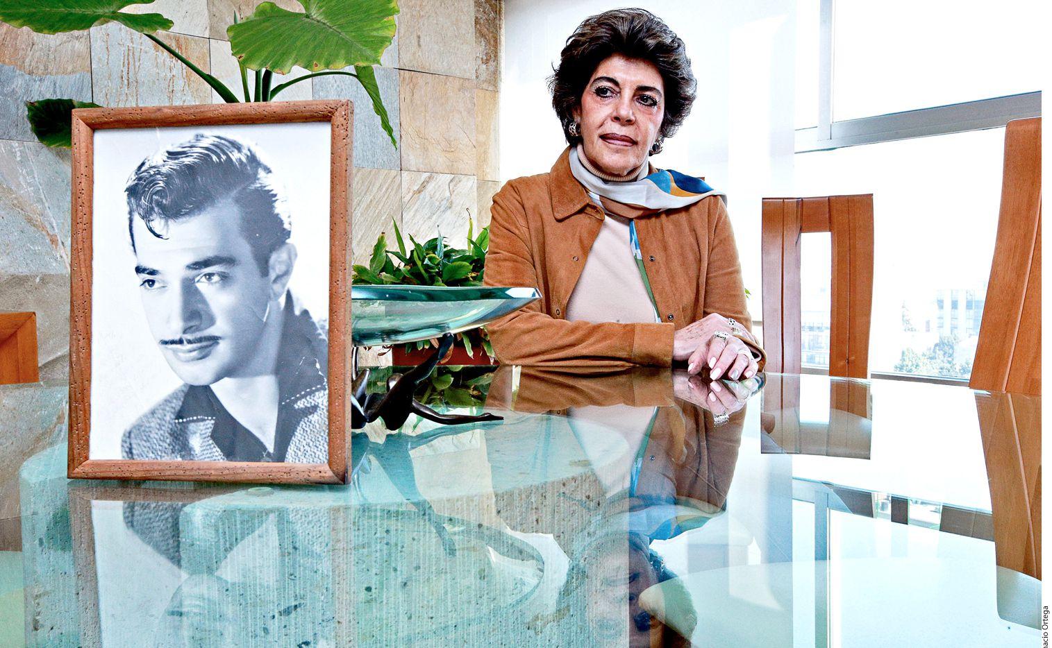 Dorys Feres, sobrina de Mauricio Garcés, afirma que el autor de 'La Historia…' no pertenece a la familia./AGENCIA REFORMA