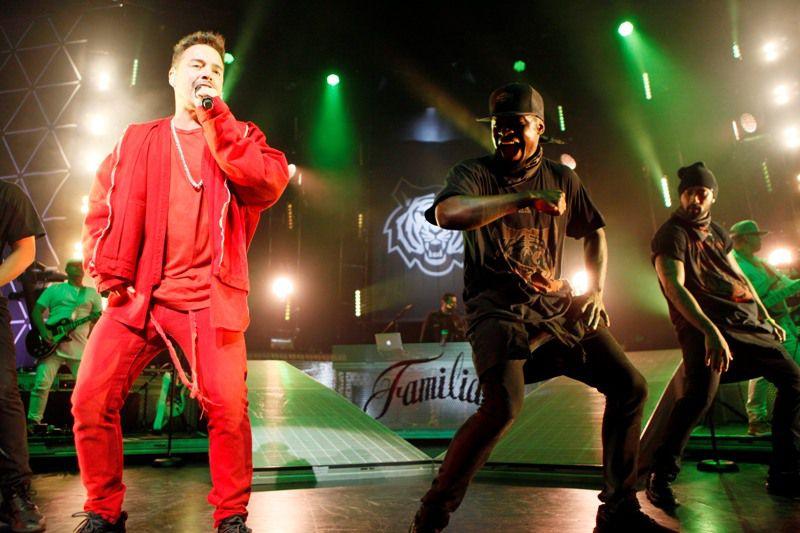 El cantante J Balvin durante su presentación el domingo en el Verizon Theatre. BEN TORRES/ESPECIAL PARA AL DIA