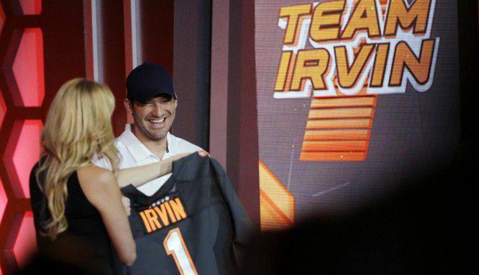 Tony Romo fue elegido con la selección número dos del draft del Pro Bowl. (AP/DAVID J. PHILLIPS)