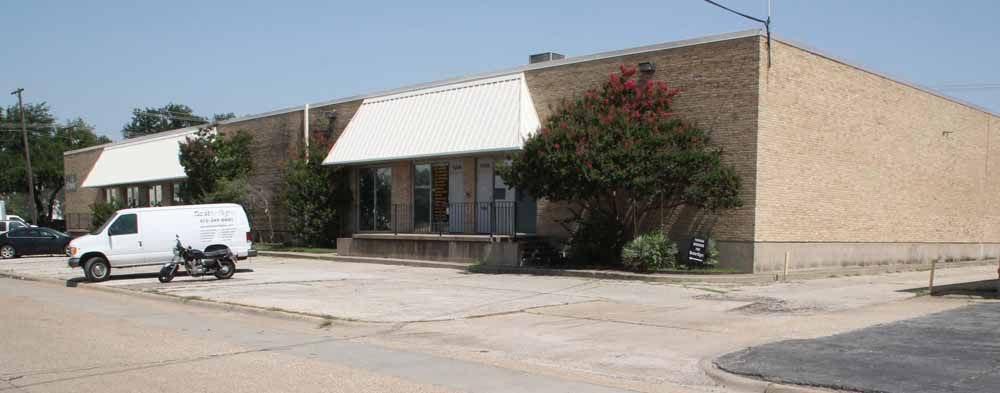 CCG Valwood LP has purchased a 22,506-square-foot industrial building in Carrollton.