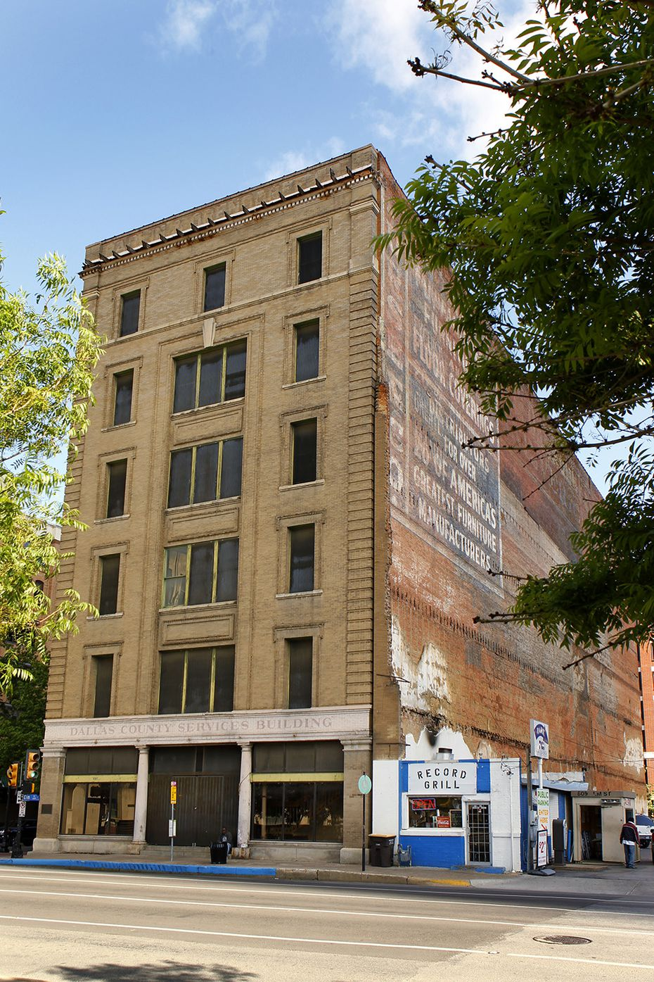 The Purse Building at 601 Elm Street.