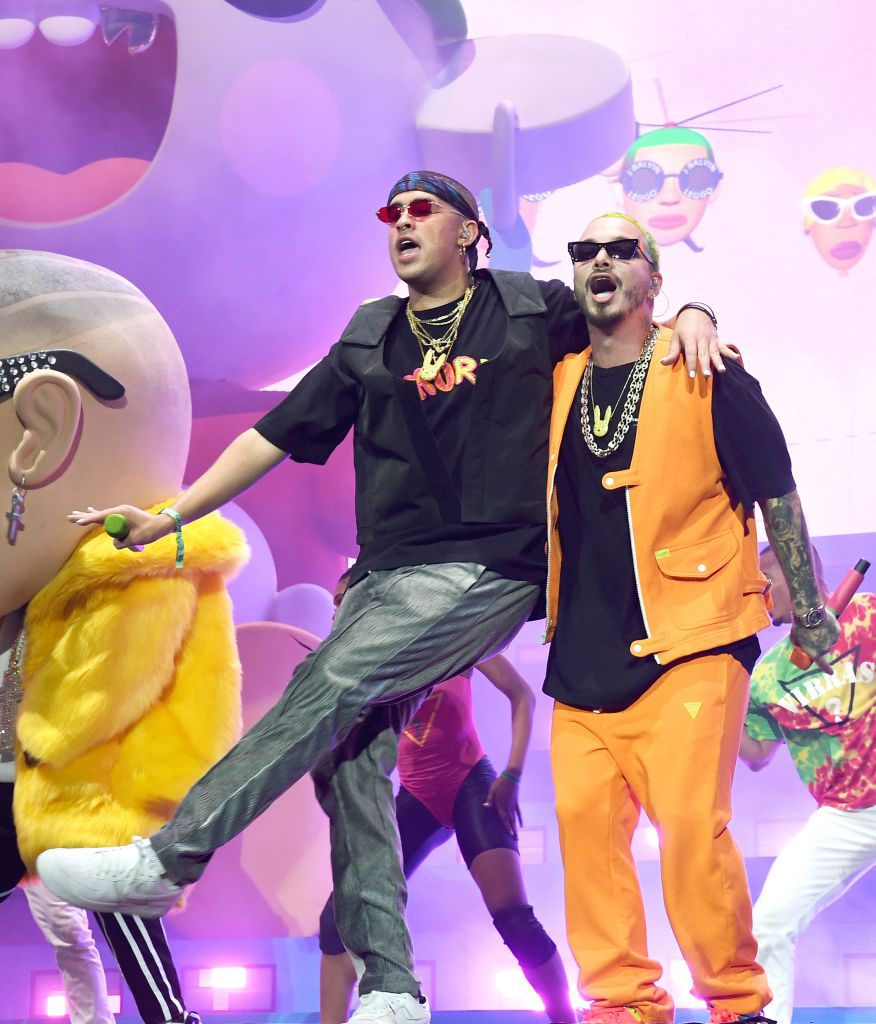 Bad Bunny (izq.) y J Balvin juntos en Coachella 2019. (Kevin Winter/Getty Images for Coachella)