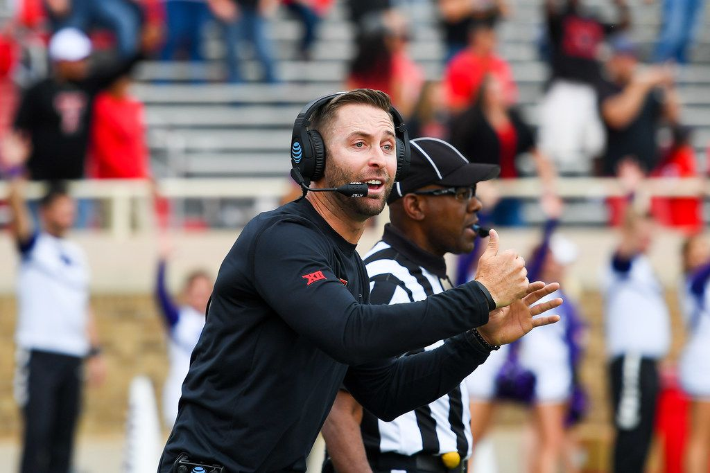 LUBBOCK, TX - NOVEMBER 4: Head coach Kliff Kingsbury of the Texas Tech Red Raiders calls time out late in the game against the Kansas State Wildcats on November 4, 2017 at Jones AT&T Stadium in Lubbock, Texas. Kansas State defeated Texas Tech 42-35 in overtime. (Photo by John Weast/Getty Images)