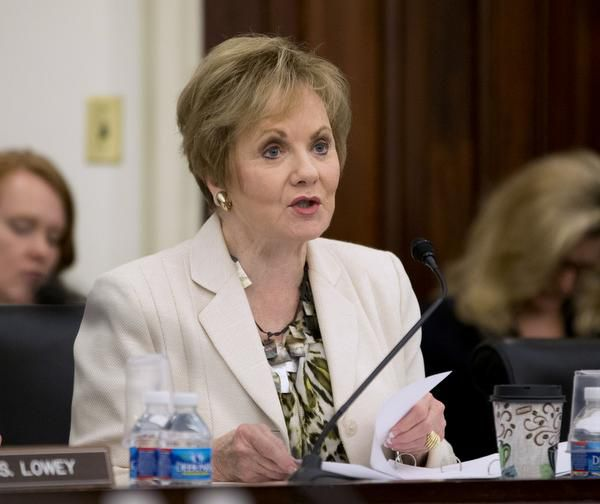 Rep. Kay Granger stands alone among Texas' congressional, state and top judicial GOP candidates.