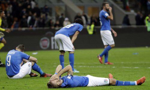 La selección italiana quedó fuera del Mundial por primera vez desde 1958. Foto AP