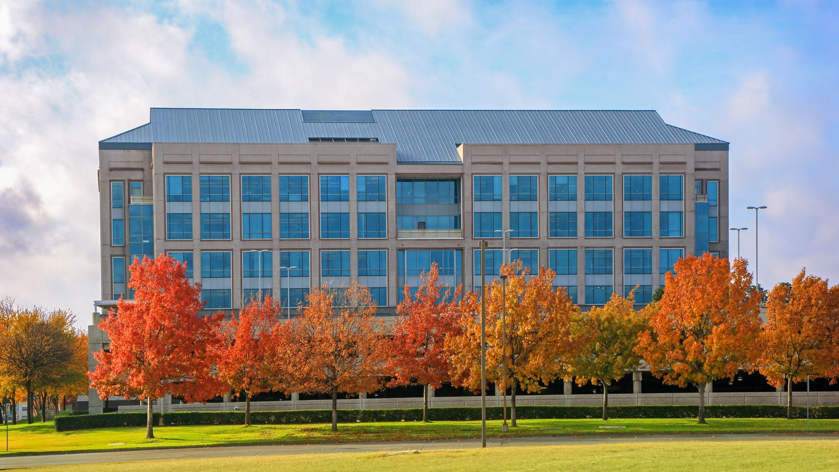 Gartner Inc. has leased a 152,086 square foot office at 6011 Connection Drive in Irving.