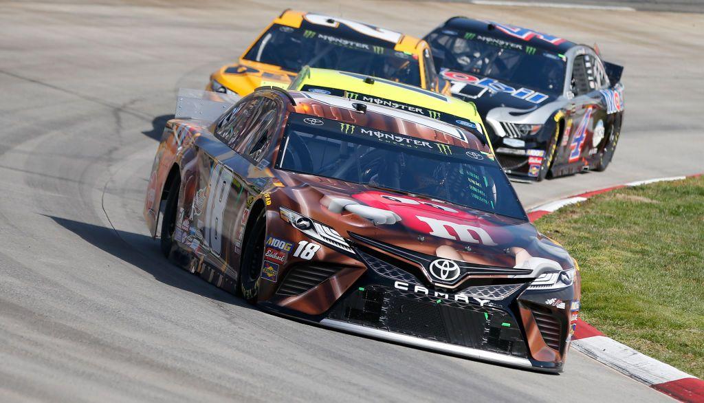Kyle Busch, piloto de Nascar, es favorito para ganar la Monster Energy NASCAR Cup Series (Foto de Brian Lawdermilk/Getty Images)