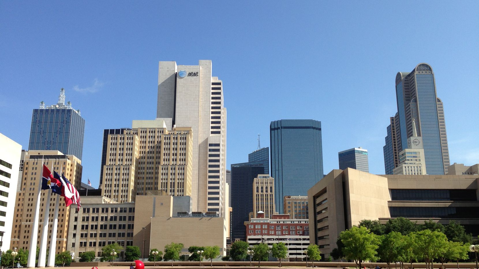 Downtown Dallas saw more than 111,000 square feet of net office leasing in the first three months of 2019.