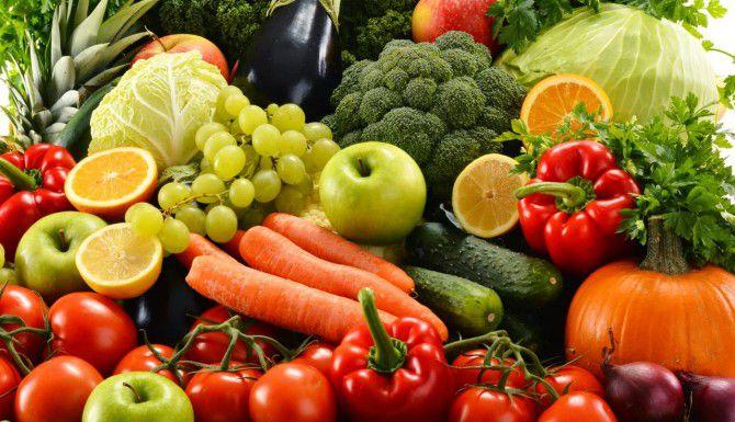 Comer frutas y vegetales es el mejor hábito para permanecer sano. (TNS/ARCHIVO)