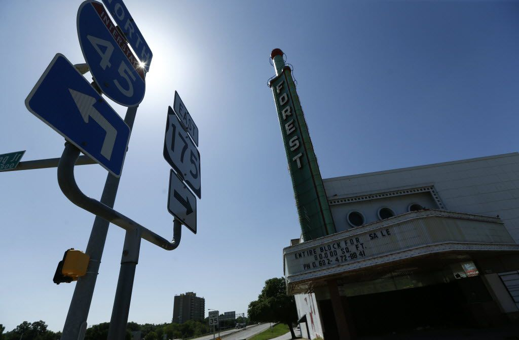 The old Forest Theater that has been abandoned for years. (Nathan Hunsinger/The Dallas Morning News)