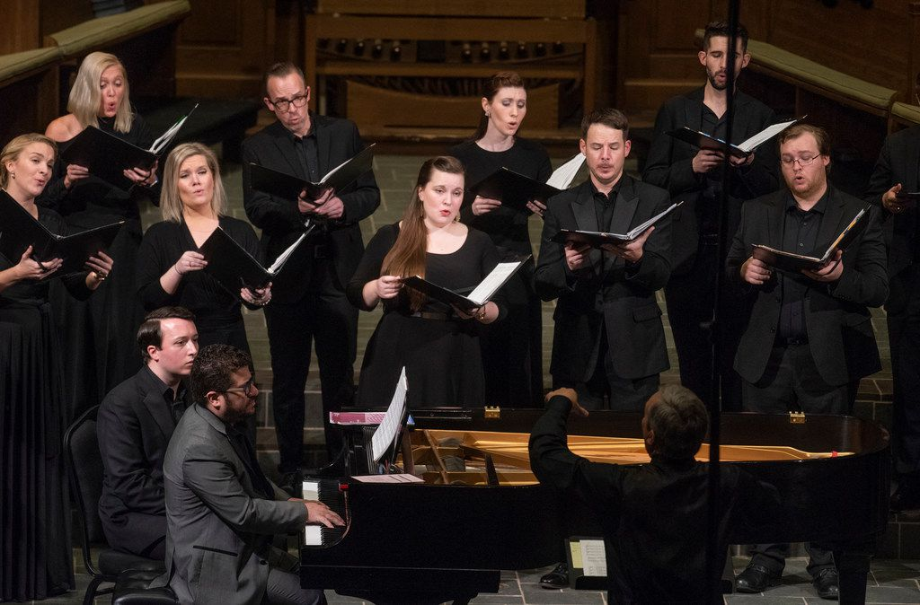 With Eduardo Rojas on piano and Donald Krehbiel conducting, the Orpheus Chamber Singers performed The Passing of the Year at University Park United Methodist Church on Oct. 27.