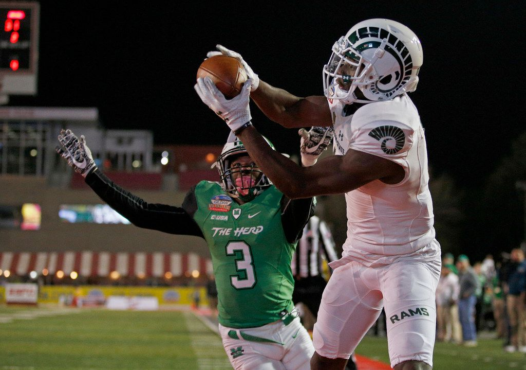 Colorado State wide receiver Michael Gallup, right, catches a pass just outside the end zone as Marshall defensive back Chris Jackson (3) defends during the second half of the New Mexico Bowl NCAA college football game in Albuquerque, N.M., Saturday, Dec. 16, 2017. (AP Photo/Andres Leighton) ORG XMIT: OTKAL148